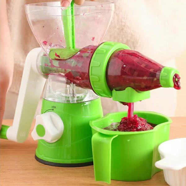 apple juicing machine